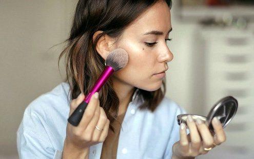 Υπάρχουν 3 εύκολοι τρόποι για να ανανεώσεις την makeup ρουτίνα σου