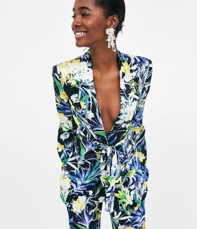 10 κοστούμια που θα σε κάνουν να ξεχάσεις το φόρεμα αυτή την άνοιξη
