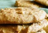 Αυτά τα μπισκότα με φυστικοβούτυρο και μόνο 2 υλικά είναι μια γλυκιά στιγμιαία απόλαυση