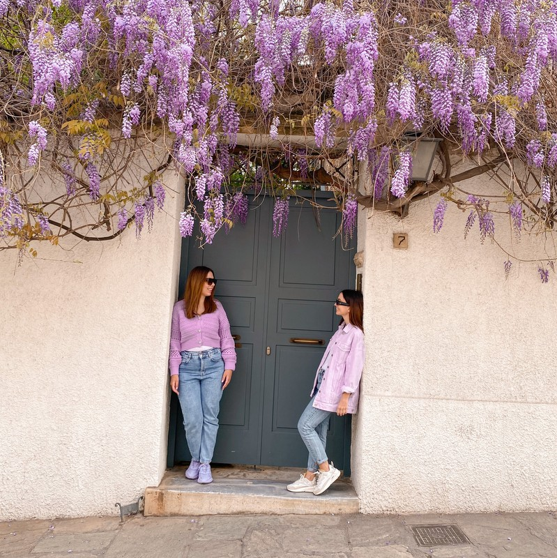 Ελίζα και Έλενα: οι δύο αδερφές από τη Θεσσαλονίκη που ταξιδεύουν σε όλο τον κόσμο