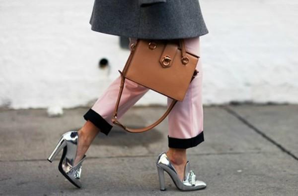 Metallic shoes: ειναι τα παπουτσια της Ανοιξης που δεν θα θελεις να βγαλεις