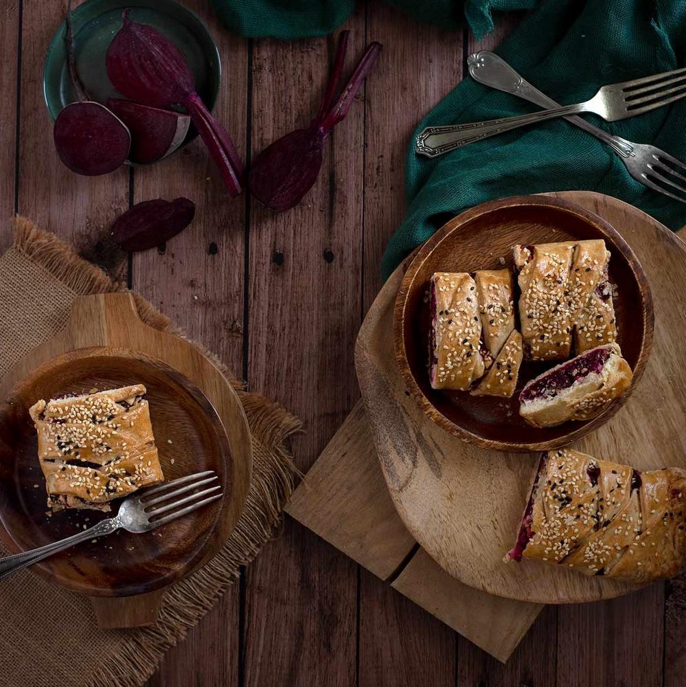 Πίτα με παντζάρι και φέτα