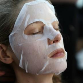10 sheet masks λαθη που κανεις ξανα και ξανα