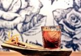 Tα 5 πράγματα που πρέπει να δοκιμάσεις στο Blue Rose bar