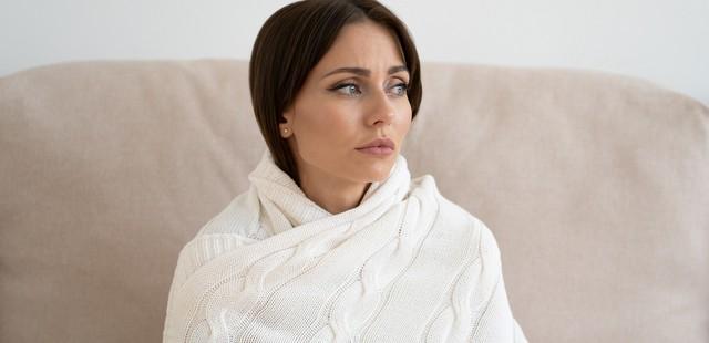 Τί μπορεί να φταίει και νιώθεις συνέχεια πως κρυώνεις;