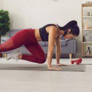 6 οφέλη της πρωινής γυμναστικής που θα σε κάνουν να απαρνηθείς το κουμπί του snooze