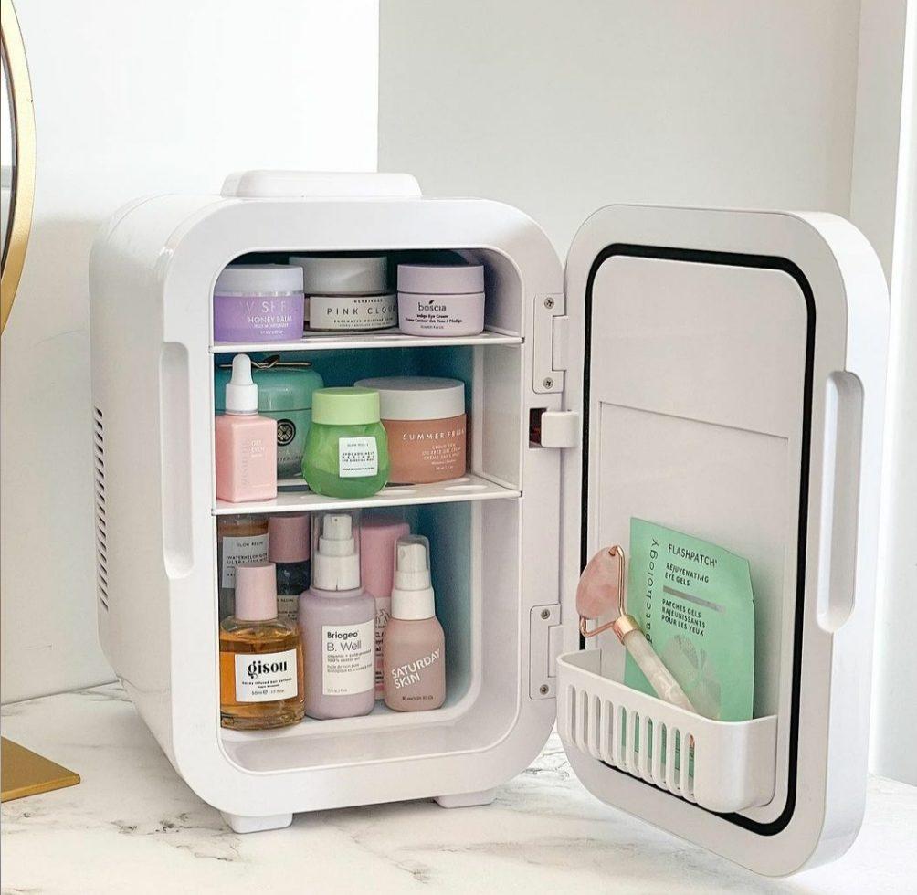 Τα προϊόντα ομορφιάς που μπορείς να αποθηκεύσεις στο αγαπημένο σου beauty fridge