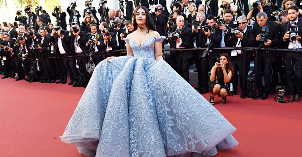 Οι 10 πιο διαχρονικές celebrity fashion εμφανίσεις