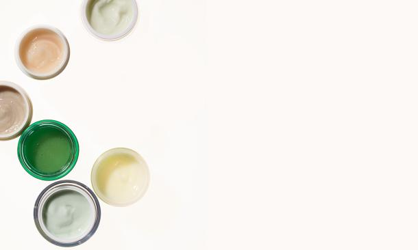 Βάλε αυτά τα ολιστικά tips στην ρουτίνα περιποίησης σου και δες το δέρμα σου ν' αλλάζει