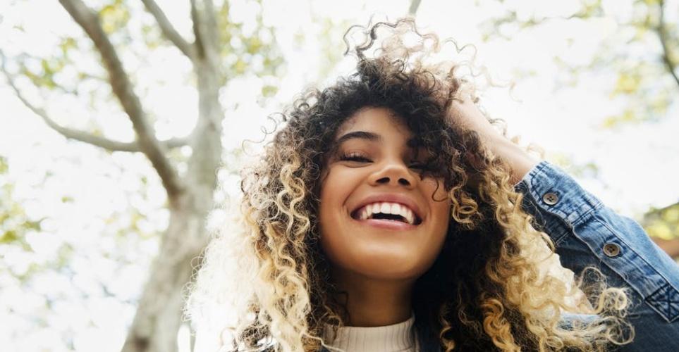 5 τρόποι να ανανεώσεις τα μαλλιά σου πριν το καλοκαίρι