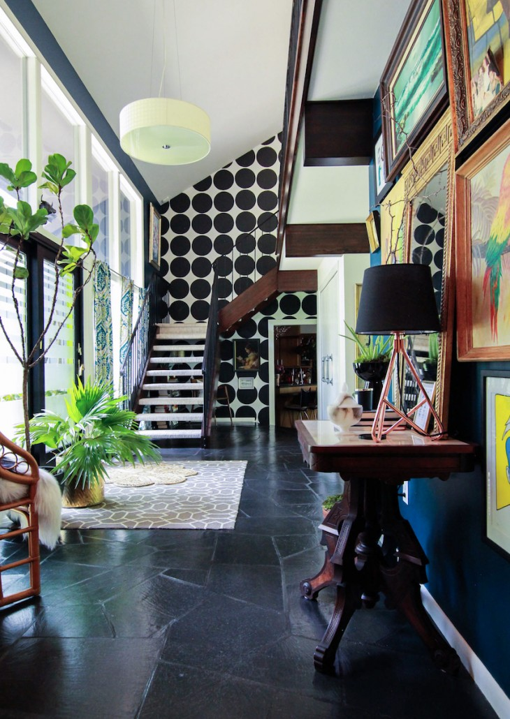 01-the-foyer-in-andrea-and-daren-grangers-art-filled-1960s-home-designsponge