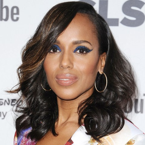BEVERLY HILLS, CA - OCTOBER 20: Actress Kerry Washington attends the 2017 GLSEN Respect Awards at the Beverly Wilshire Four Seasons Hotel on October 20, 2017 in Beverly Hills, California. (Photo by Jason LaVeris/FilmMagic)