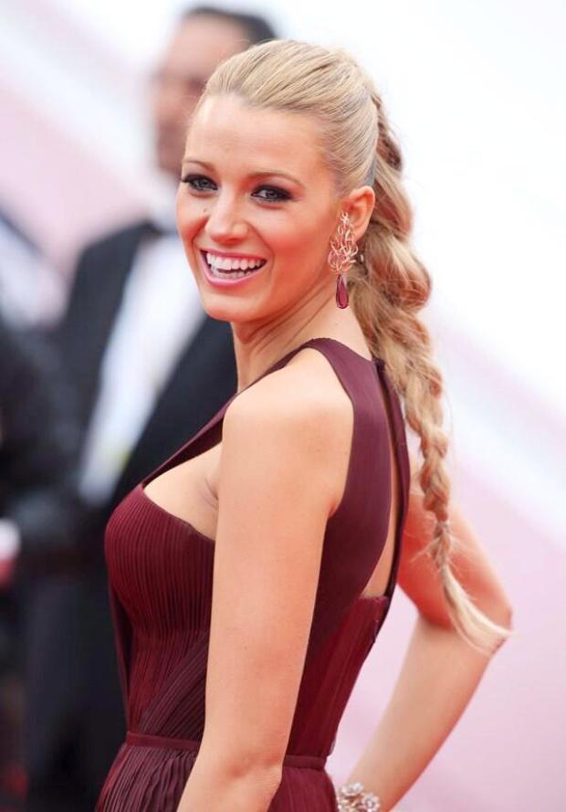 Τα πιο ωραία καλοκαιρινά hairstyles για μακριά μαλλιά