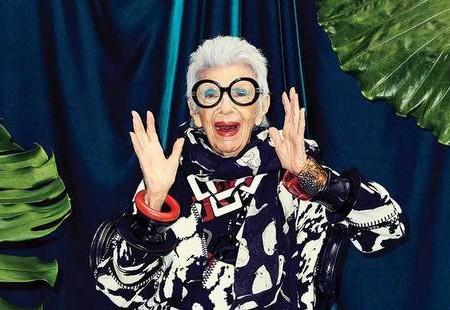 Η 96χρονη Iris Apfel απέκτησε τη δική της Barbie