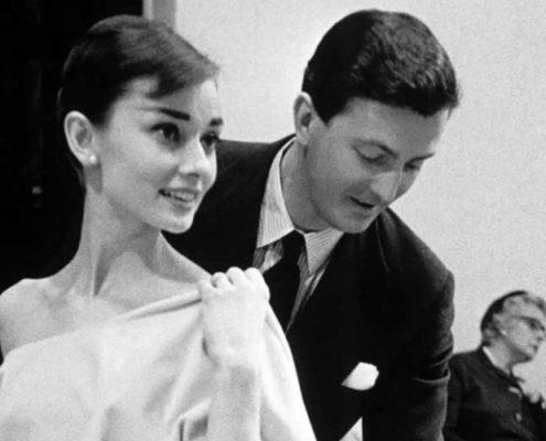 10 Givenchy φορέματα που άφησαν ιστορία