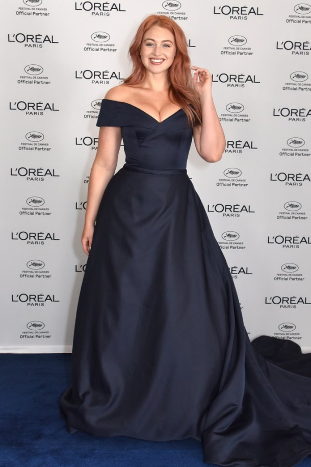 10 style moments που αποδεικνύουν πως η Iskra Lawrence είναι το απόλυτο fashion icon