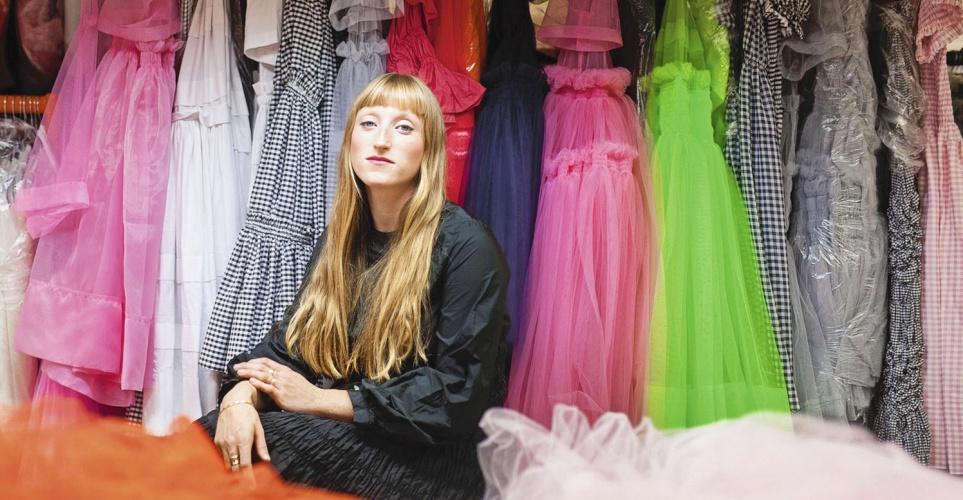 Molly Goddard: Το νέο χρυσό κορίτσι της μόδας είναι εδώ