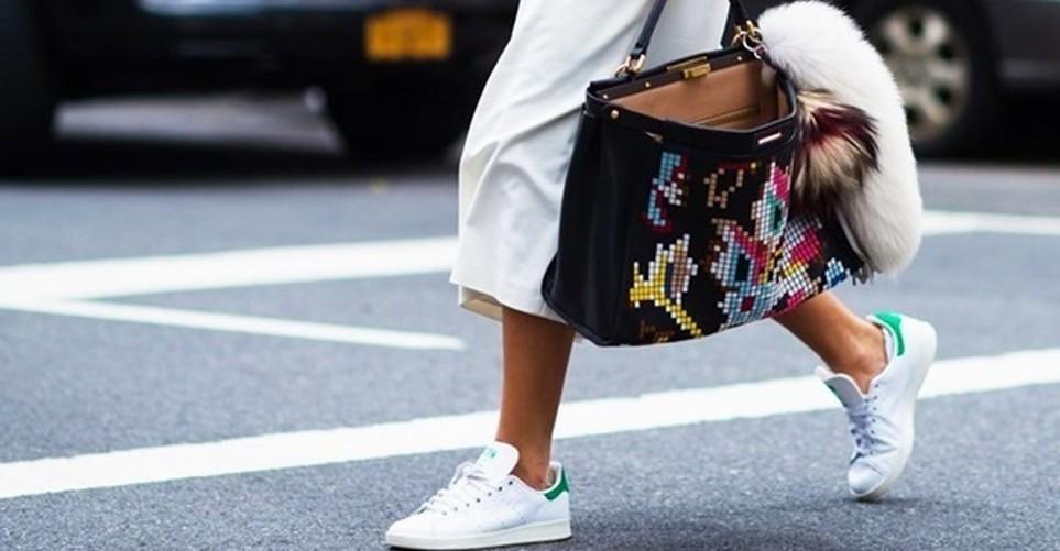 10 εύκολοι τρόποι να συνδυάσεις τα Adidas sneakers σου