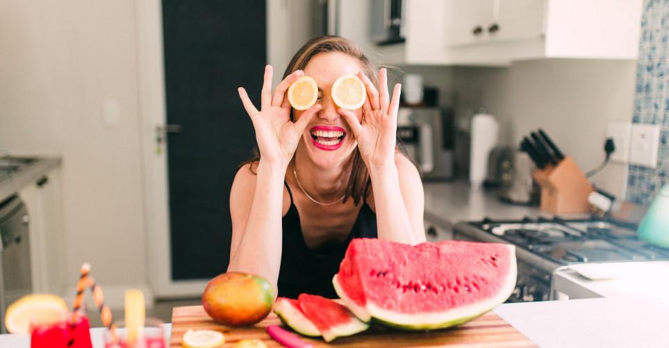 10 τροφές-boosters για λαμπερό δέρμα