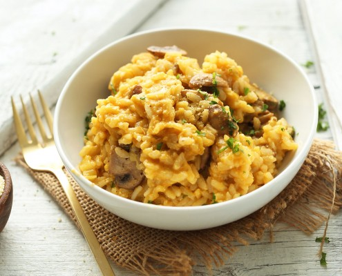 10-ingredient-easy-4-step-vegan-risotto-with-mushrooms-and-leeks-so-creamy-delicious-and-comforting-vegan-glutenfree-risotto-dinner-recipe-healthy