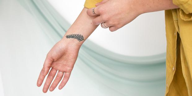 10 tattoos για τον καρπό μας που είναι καλύτερα από ένα βραχιόλι