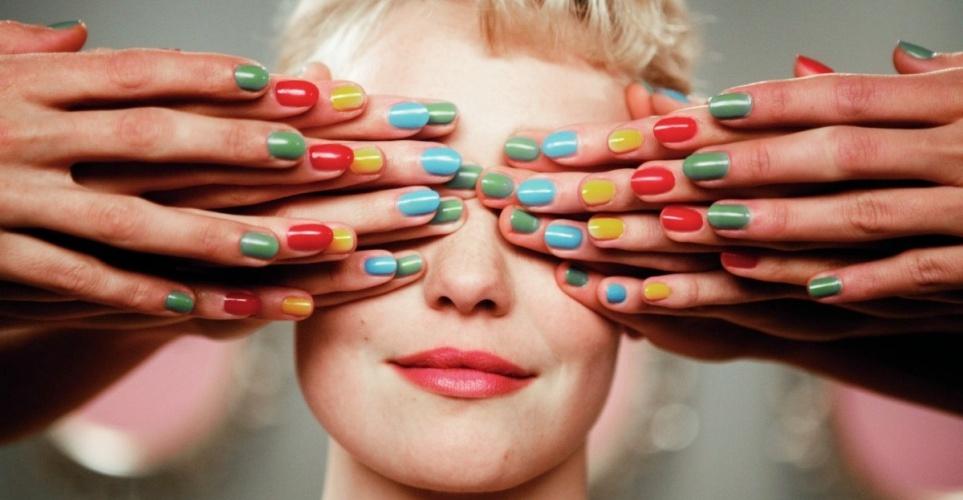 Αυτό το nail polish χρώμα θα κυριαρχήσει φέτος το καλοκαίρι