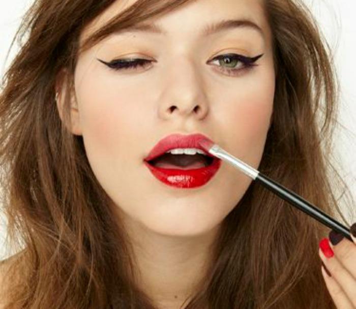 Οσα beauty προϊοντα χρειαζεσαι στο ραντεβου μαζι του