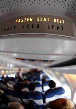Οι 8 πιο εκνευριστικοι τυποι συνεπιβατη στο αεροπλανο