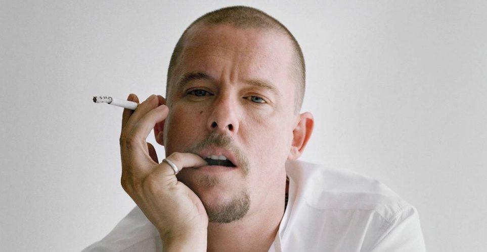 16 αποκλειστικές φωτογραφίες από το documentary για τον Alexander McQueen
