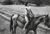 Αδημοσίευτες φωτογραφίες της Amy Winehouse μας δείχνουν μια πλευρά της που δεν γνωρίζαμε