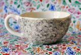 Το polka dot pattern είναι το αντίδοτο για τις δυσκολίες της ζωής, σύμφωνα με την Ηλέκτρα του Elektra Ceramics