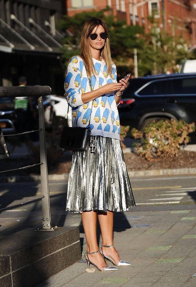 Trend Alert: Midi Pleated Skirts savoirville.gr