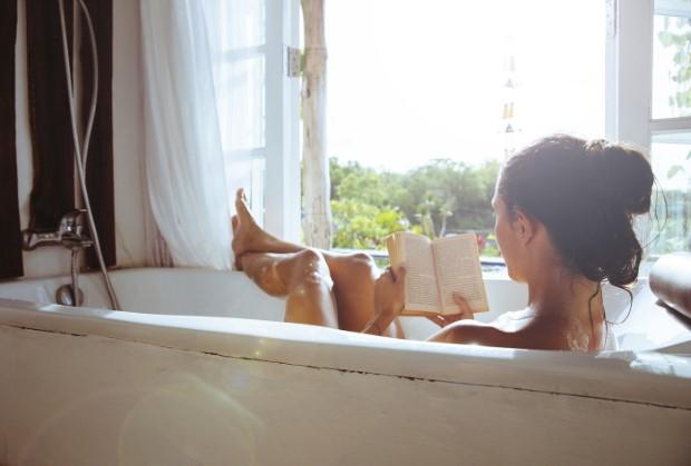 15 τρόποι να αποκτήσεις πιο απαλή επιδερμίδα μετά το μπάνιο