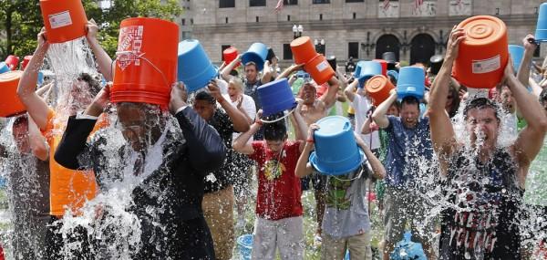 140811-boston-ice-bucket-challenge-1350_26906d39ac7ead702b45e5b7707b8dc6