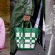 15 bag trends της άνοιξης που θα θέλεις να δοκιμάσεις από τώρα
