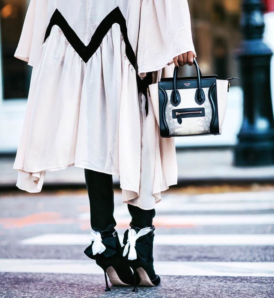 lindsilanestyle : Rainy NYC days got me like... #fashionista