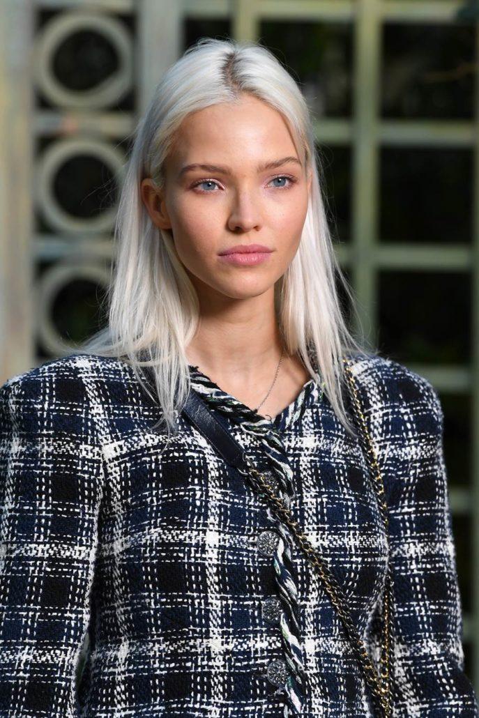 Το scandi-blonde είναι ο τρόπος να προσφέρεις λίγο 'hygge' στα μαλλιά σου