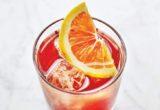 Το Paloma Spritz είναι το πιο φρουτώδες cocktail αυτού του καλοκαιριού