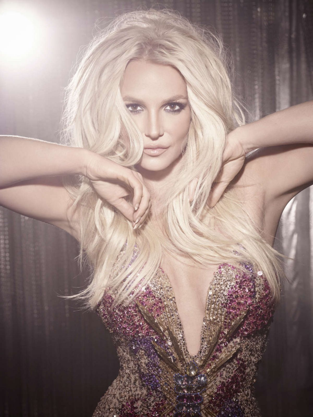 17934575_britney-spears-piece-of-me-photo