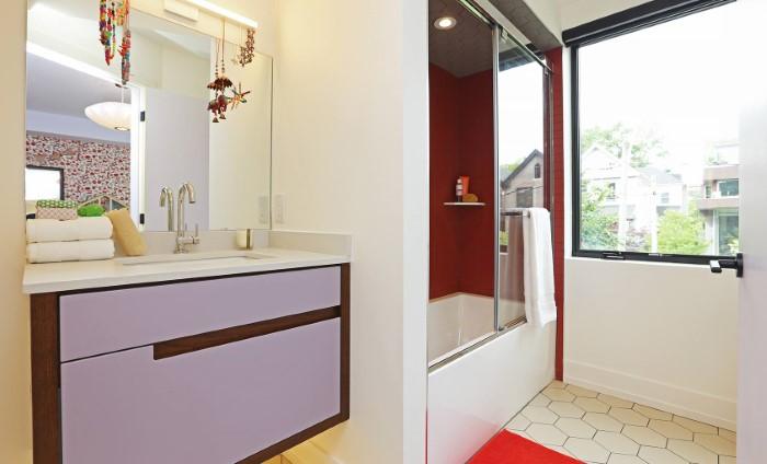 Στο Τορόντο θα βρεις ένα από τα πιο πολύχρωμα και ιδιαίτερα σπίτια