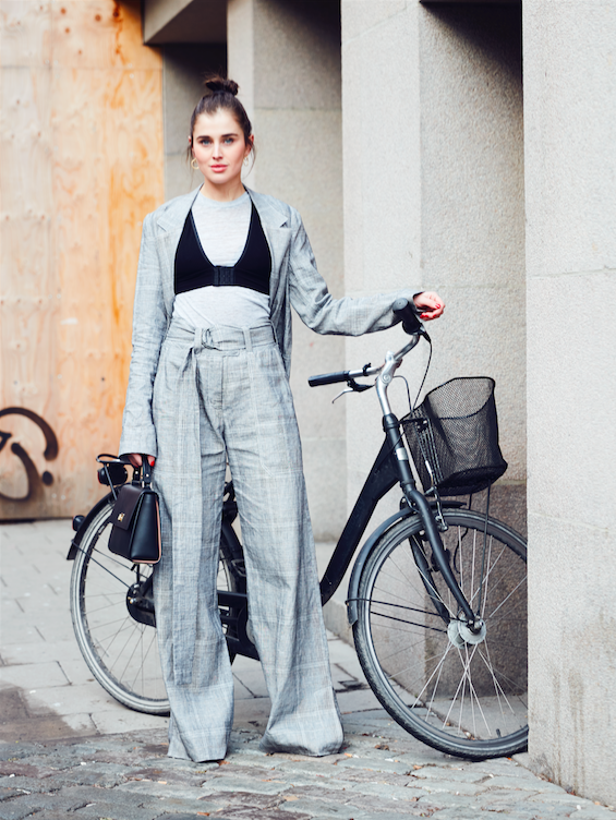 20-outfits-to-copy-from-stockholm-fashion-week-street-style-2126729-600x0c