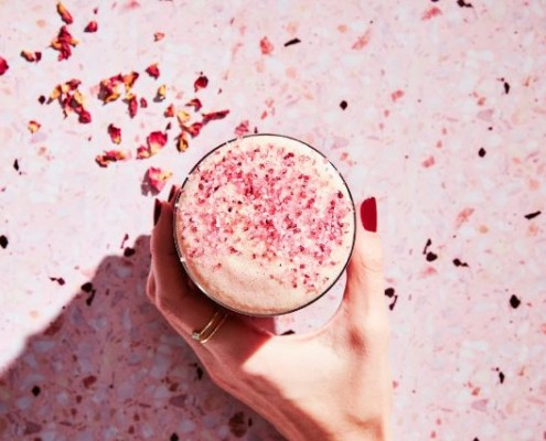 Starbucks φέρτε στην Ελλάδα το Teavana Pink Latte