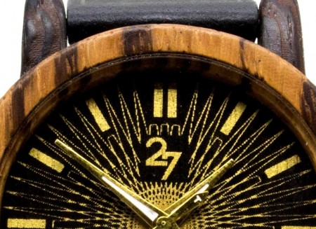 27 wooden accessories