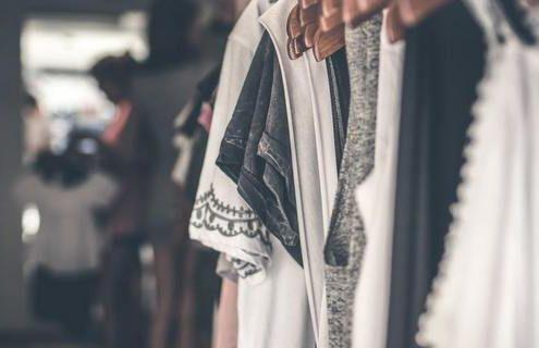 3 κομμάτια που δεν θες να αγοράσεις ξανά από ένα fast-fashion brand