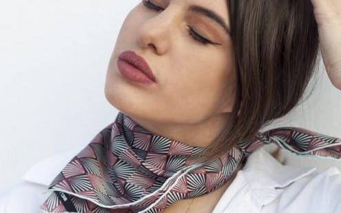 Η Ελένη Βουγιουκλή μας δίνει 5 style tips για την Άνοιξη