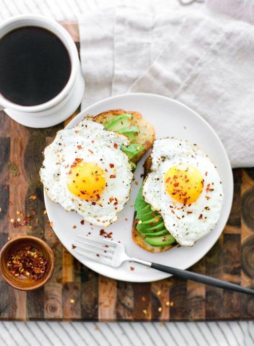 33 πραγματα που μπορεις να φας για πρωινο και να μην ειναι αυγα