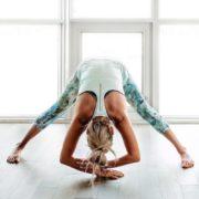 4 ήπιες ασκήσεις για τις μέρες που έχεις περίοδο