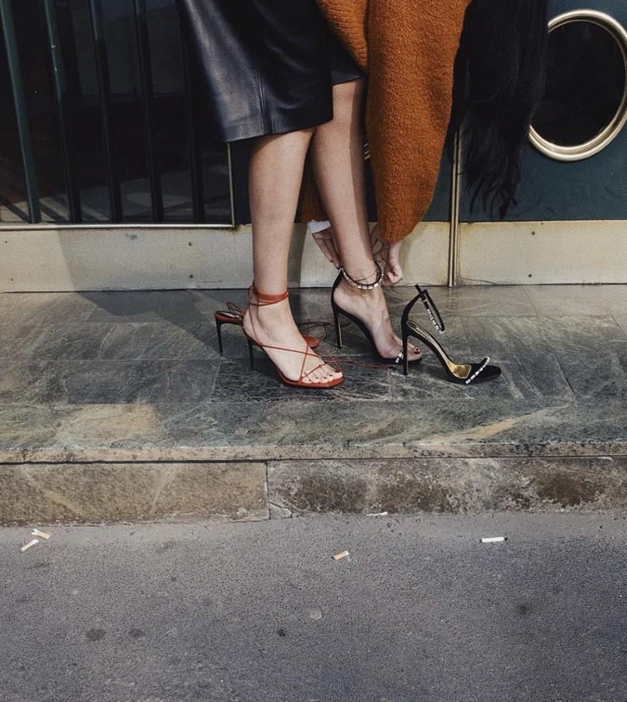 4 συνδυασμοί παπουτσιών και φούστας που πρέπει να δοκιμάσεις άμεσα