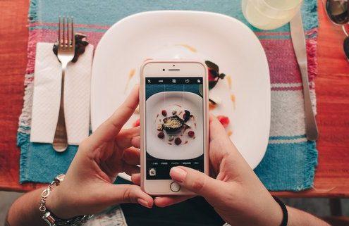 5 τρόποι με τους οποίους η τεχνολογία επηρεάζει τον τρόπο διατροφής μας