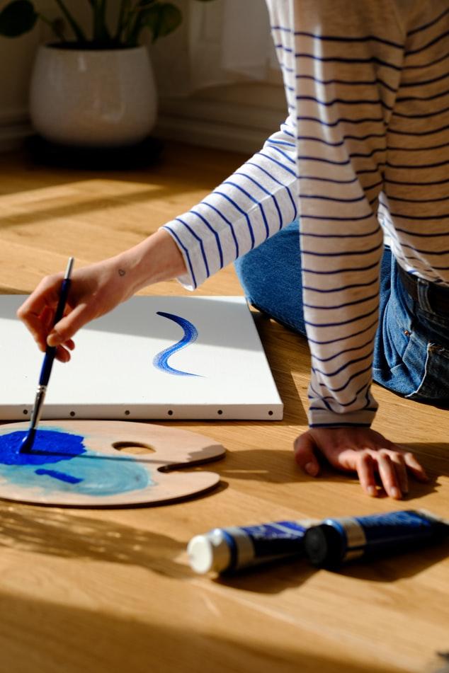 4 τρόποι να δυναμώσεις τη δημιουργική σου έμπνευση